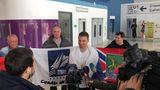 Встретили Антона Диденко в аэропорту Владивостока (пресс-подход)